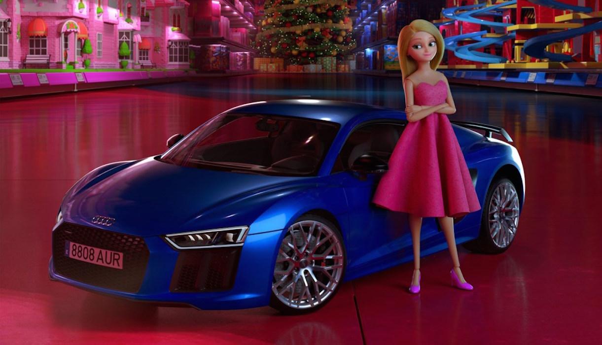 Une poupée barbie près d'une voiture bleue